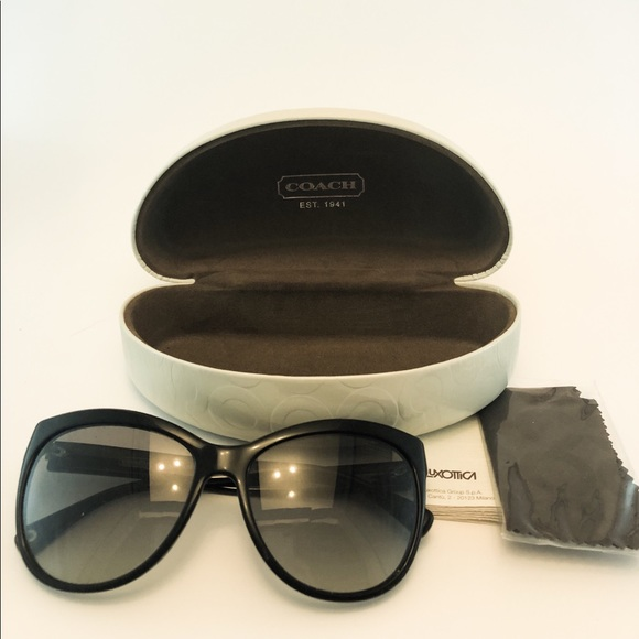 f438c7b277f8 Coach Accessories | Black Sunglasses With Case | Poshmark